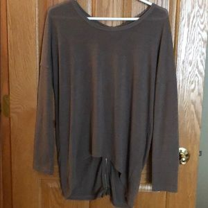 Tops - Top with zipper back